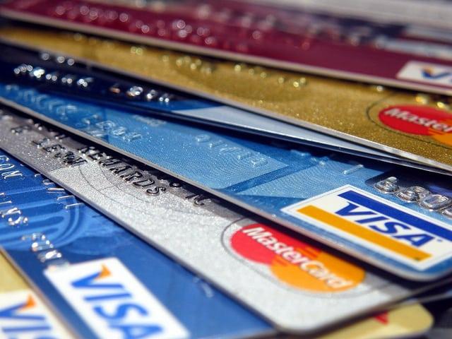 Should You Sign up for A Rewards Credit Card?